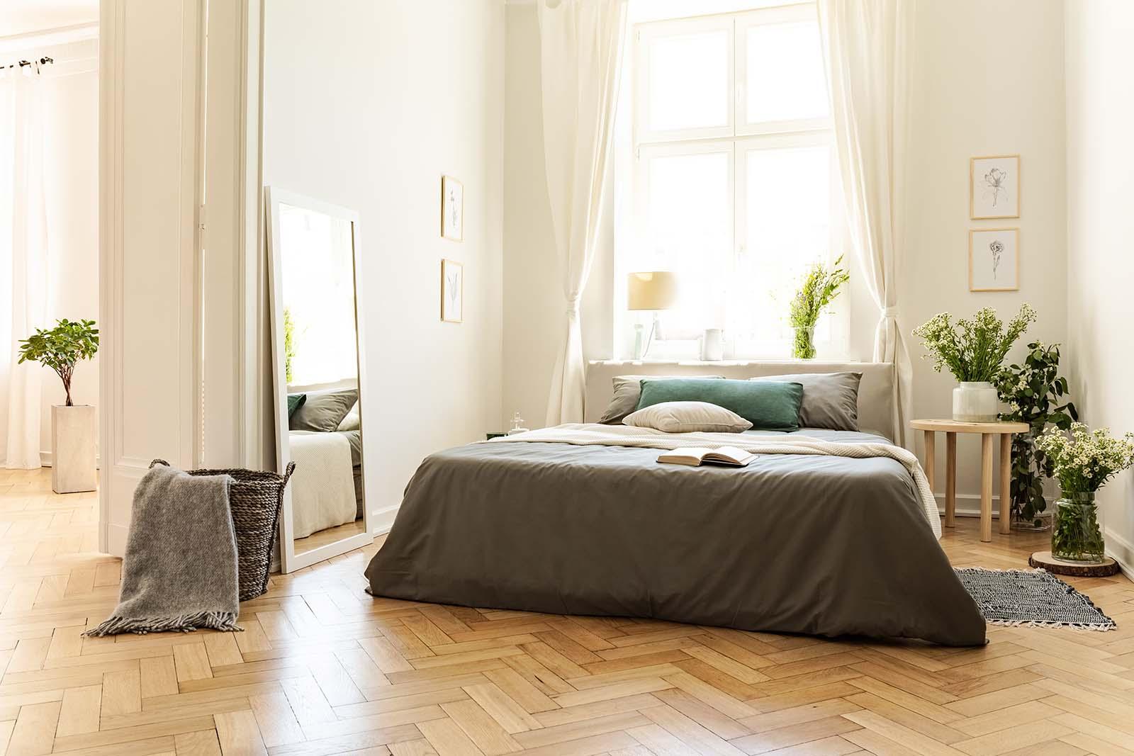 Visgraat vloer in de slaapkamer